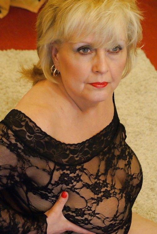 42 best mature images on Pinterest | Older women, Girdles ...