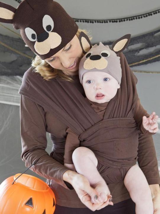 Mommy-and-me costume idea: Kangaroo and kid!