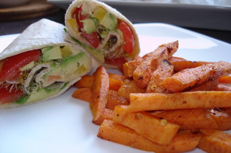 vegetarian flour tortilla wrap (hummus, avocado, tomato, sprouts ...