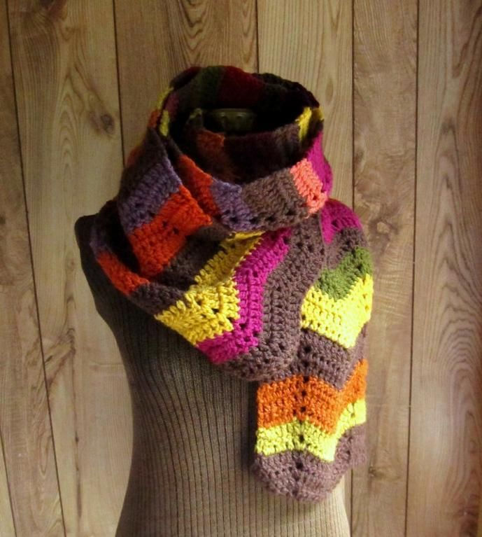 Crochet Scarf Patterns Zigzag : Zig Zag Chevron Scarf by LazyTcrochet Crocheting Pattern