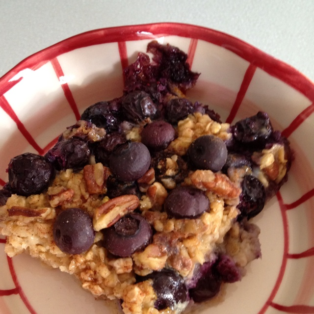 Baked Oatmeal with Bananas and Blueberries. Recipe from skinny taste ...