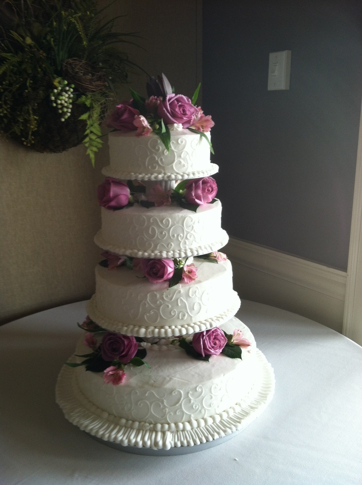 North College Hill Bakery Wedding Cakes
