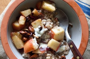 Apple Farro Breakfast Bowl with Cranberries and Hazelnuts ...