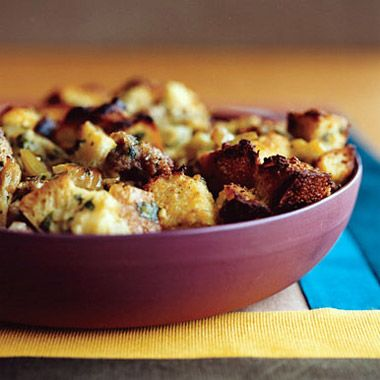 Sausage and bread turkey stuffing. The BEST stuffing ever (except for ...