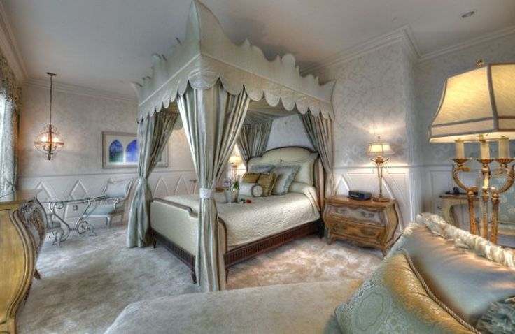 fairytale bedroom suite disneyland hotel oh the places you will go