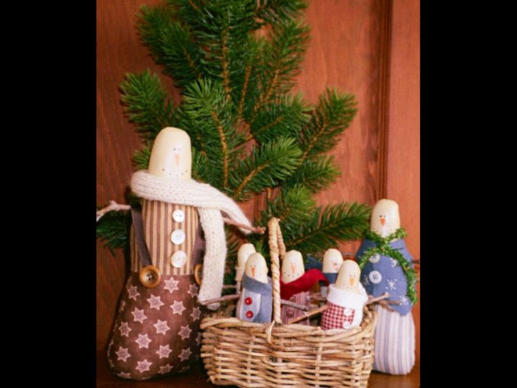 primitive snowmen by Marg Low designs | Christmas time is here | Pint ...