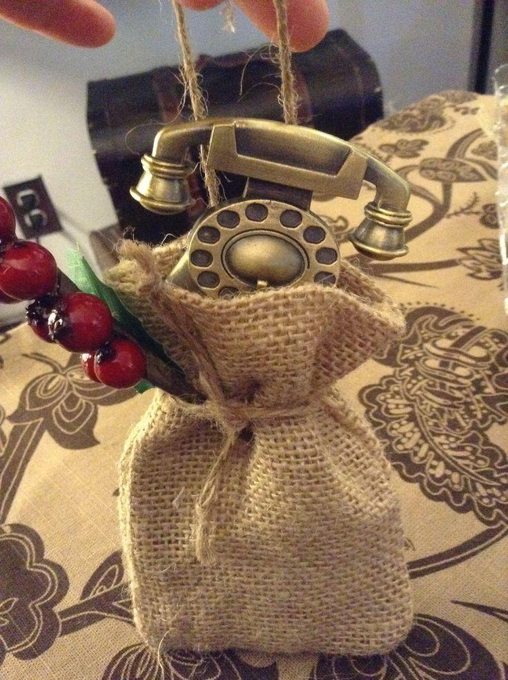 DIY burlap gift sack ornaments | My 2013 Burlap / DIY Holiday Decor ...