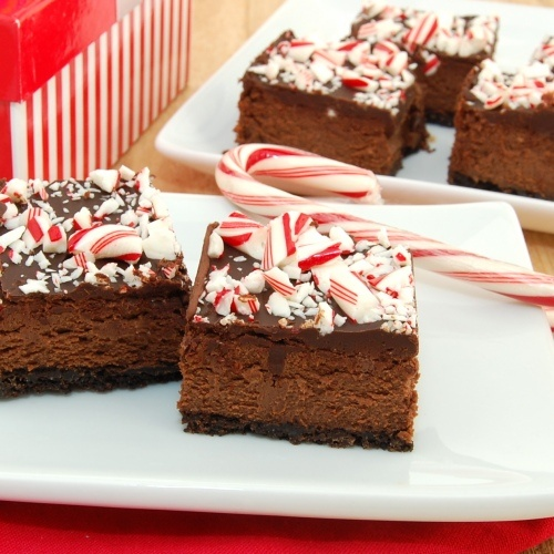 Holiday Chocolate & Candy Cane Cheesecake Bar Recipe ...