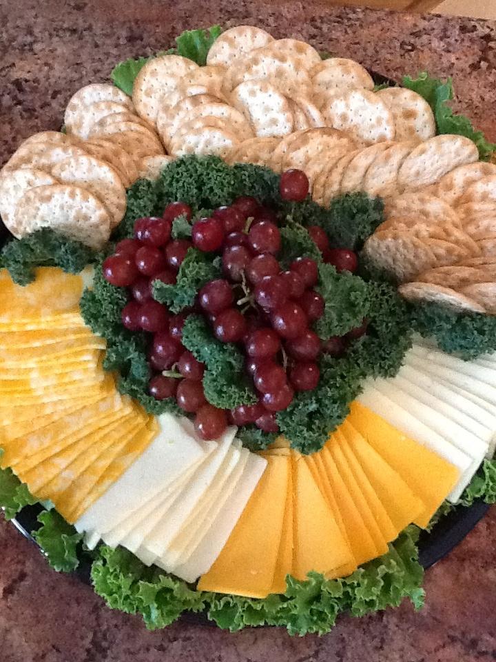 cheese cracker platter