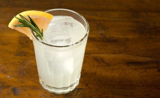 ... + rosemary cocktail: rosemary syrup, grapefruit, gin, seltzer