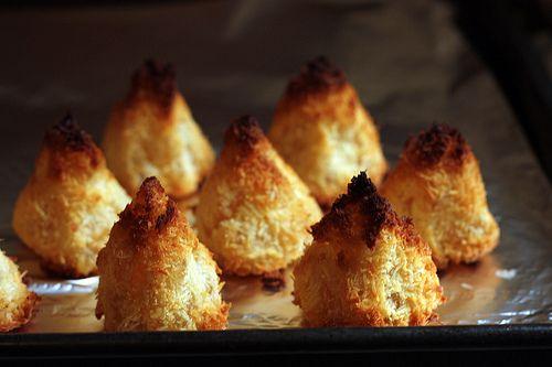 pineapple coconut macaroons (David Lebovitz)