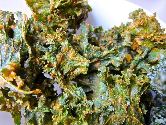 kale chips (includes recipes for lemon sea salt, spicy thai ginger ...