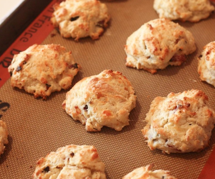 BACON CHEDDAR BISCUITS | Recipes | Pinterest