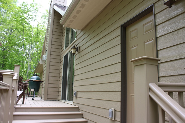 Siding color is diamond kote french gray house colors for Prefinished siding