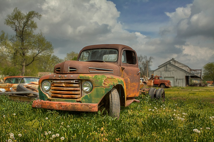The gallery for --> Rusty Old Ford Truck