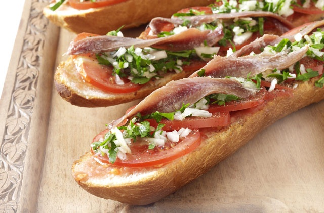 Anchovies on Toast. A punchy, rustic lunch idea. #30MinuteMeals