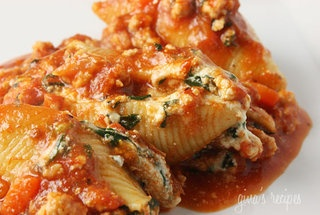 Spinach Stuffed Shells with Meat Sauce   Food   Pinterest