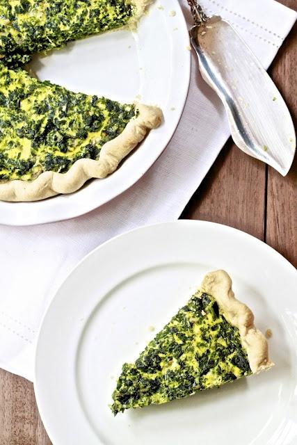 Spinach, gruyere, and gouda quiche. | Omnomnomnivore | Pinterest