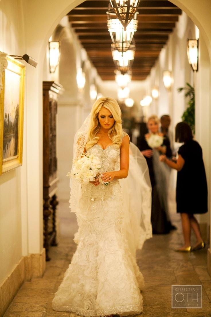 White and cream peonies. Bouquet. Pnina Tornai dress. Christian Oth.