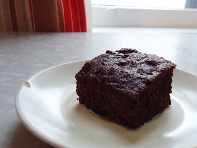 Whole wheat brownies | Deliciousness | Pinterest