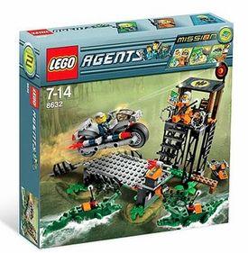 LEGO Agents Set  8632 Mission 2  Swamp RaidLego Agents Mission 2