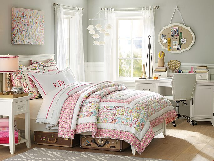 Hampton swirly paisley bedroom pbteen pretty pink for Bedroom ideas hamptons