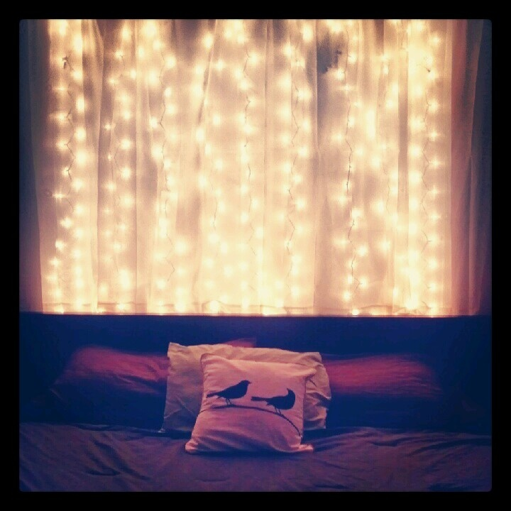 Christmas lights headboard | DIY Projects | Pinterest