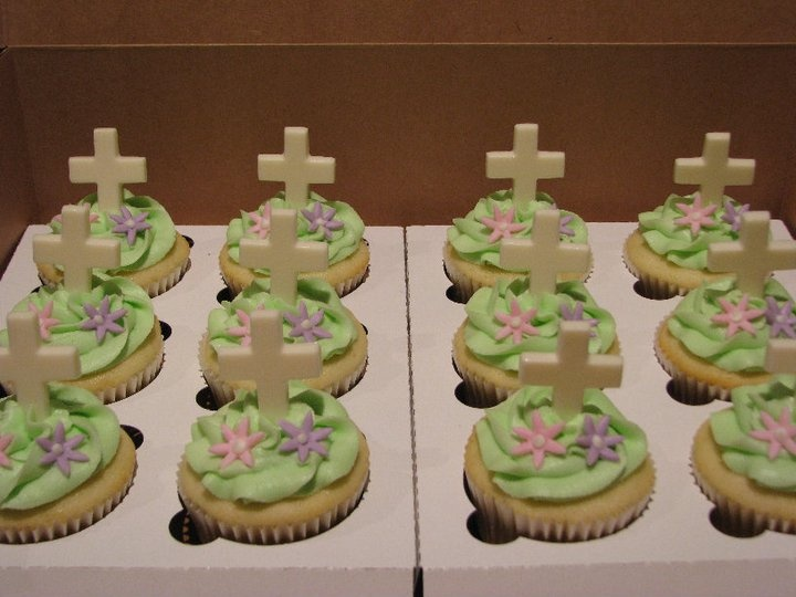 Cupcake Decorating Ideas For Church : religious themed cupcakes cupcakes Pinterest