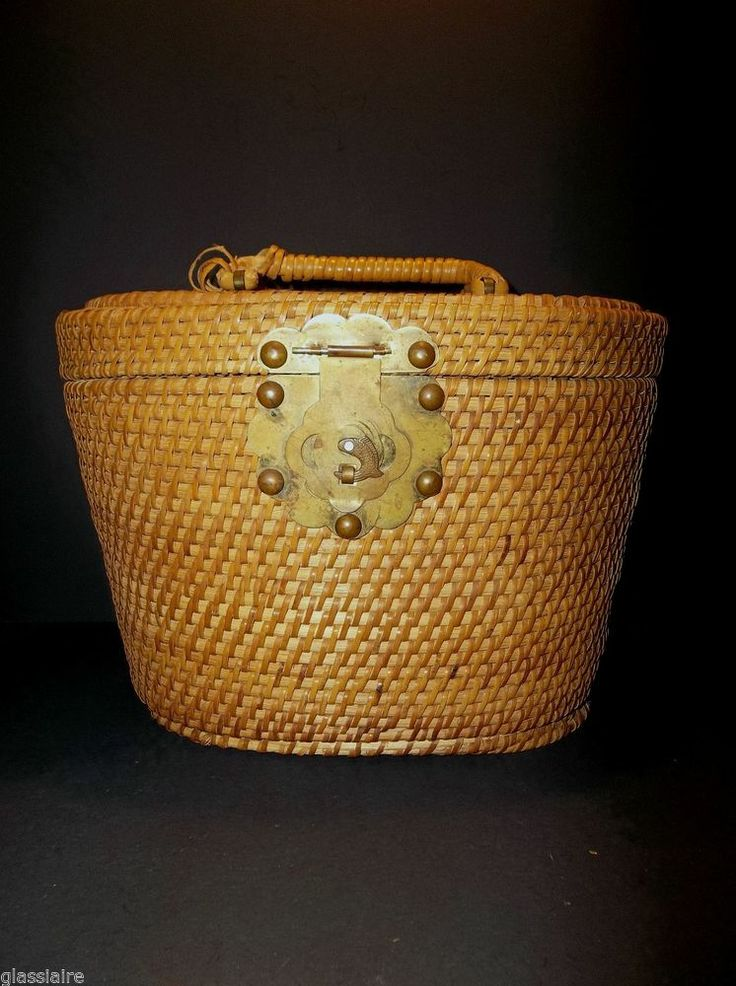 Vintage fly fishing creel trout basket woven wicker 11 for Fly fishing creel