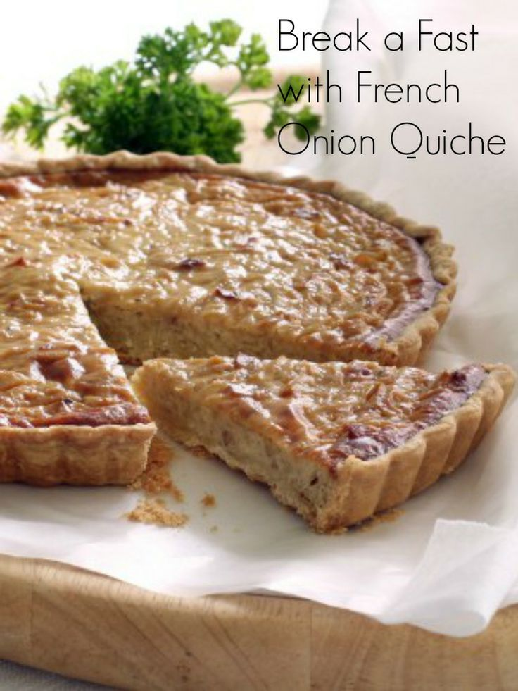 French Onion Soup Quiche is perfect to a break a fast or eat for breakfast.