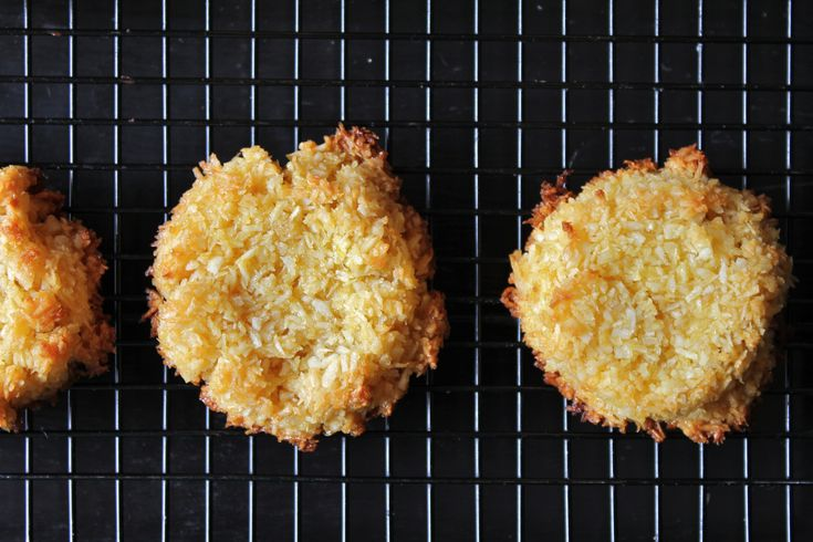 Coconut macaroon   Healthy Baking   Pinterest