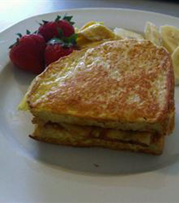Peanut Butter and Banana French Toast | Good eats | Pinterest