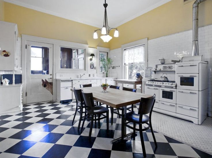 Black and white lino vintage 50 39 s metal kitchen cabinets for Black lino kitchen flooring