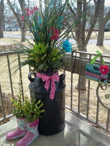 Outdoor spring decor random ideas pinterest for Spring yard decorations