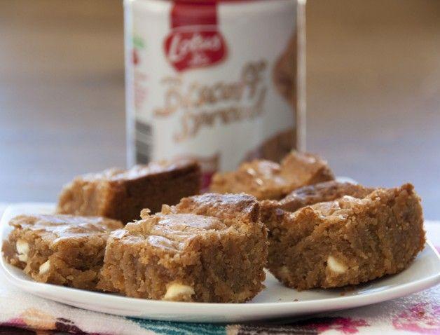 White Chocolate Biscoff Blondies Recipe   Cake/Cupcake/Sweet/Desert ...