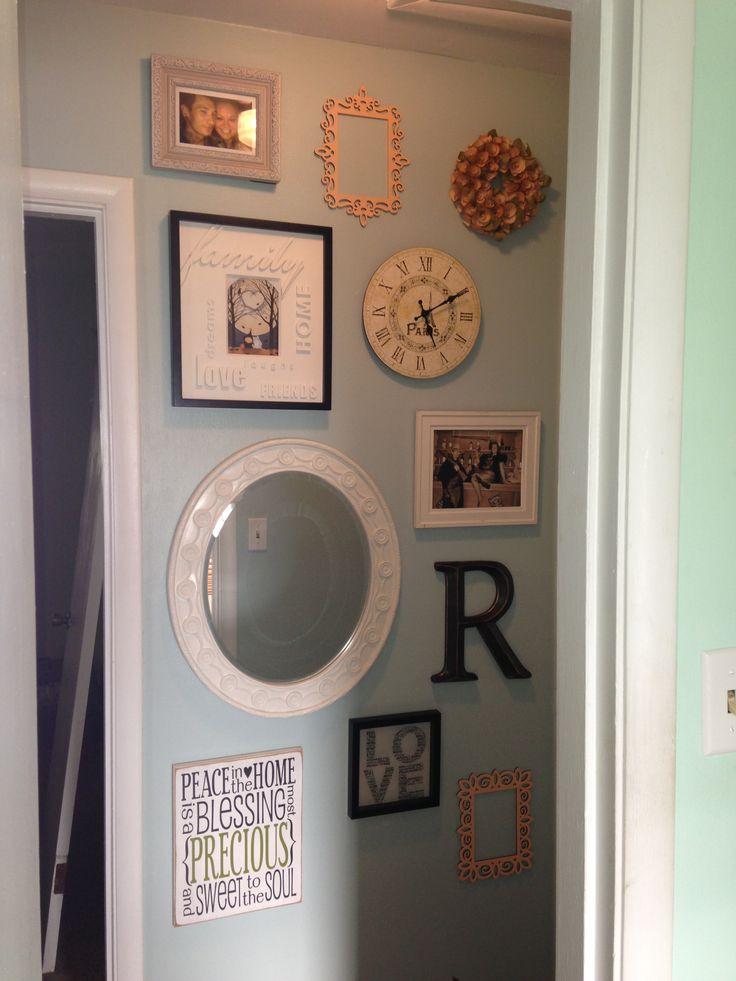 collage wall bedroom ideas pinterest. Black Bedroom Furniture Sets. Home Design Ideas