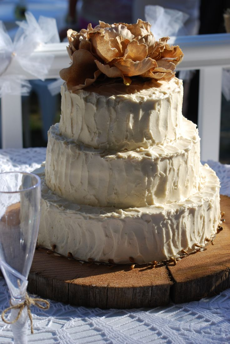 The perfect wedding cake..