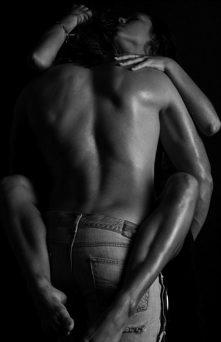 Him legs wrap her around