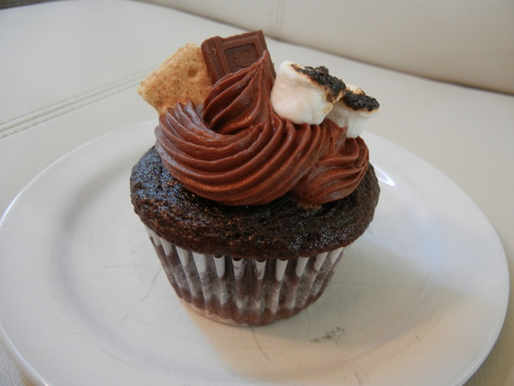 ! Chocolate cupcake, filled with marshamllow fluff, graham cracker ...
