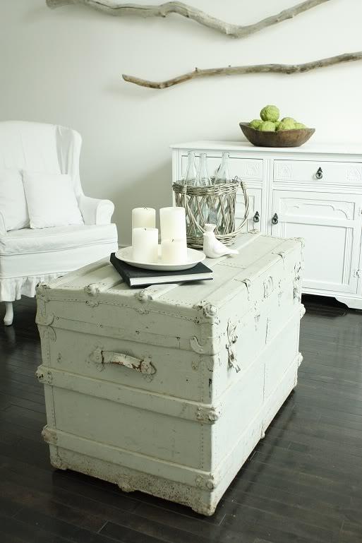 White Wash Trunk Table For Living Room Beach House Pinterest