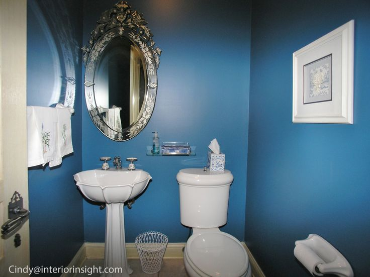 Pin by cindy gamboa on cutest rooms i photographed this for Floating pedestal sink