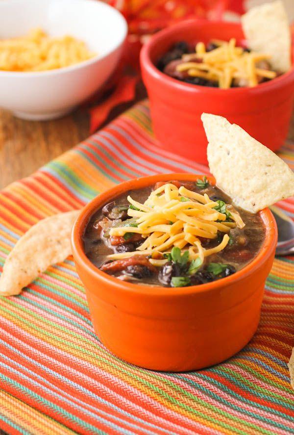 Three Bean Chili (vegan toppings)