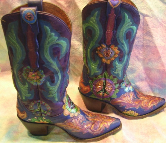Model Cowgirl Hand Tooled Cowboy Boots Hand Painted And Hand Made To Your