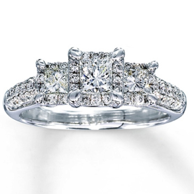 Kay Jewelers: Wedding Day Bling!