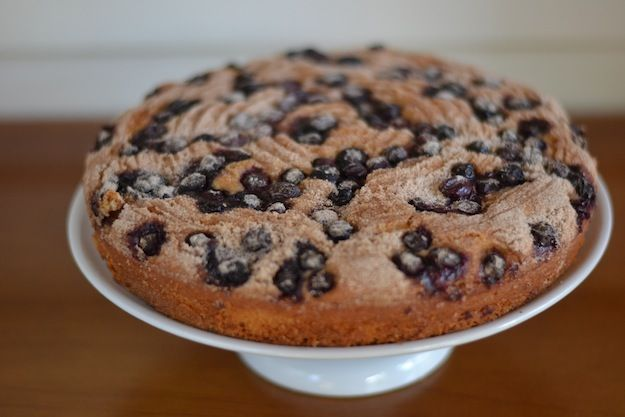 warm cinnamon spiced blueberry cake | Love You Like a Fat Kid Loves C ...