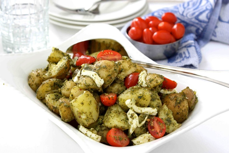 ... Summer Side Dish - Pesto Potato, Tomato Fresh Mozzarella Salad Recipe