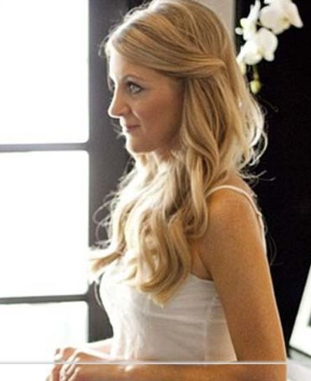 Simple hairstyle for bridesmaid : Pin by angela lutzke on hair ideas