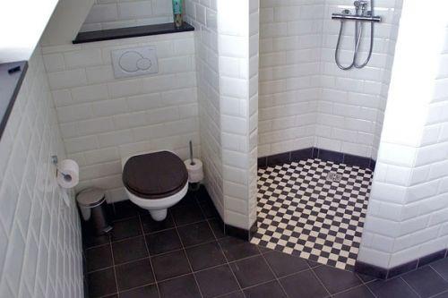 Kempische bouwmaterialen metrotegels badkamer pinterest - Metro tegels ...