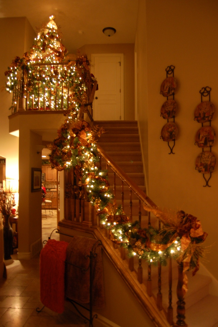 Staircase Decor Getting Ready For Christmas Pinterest