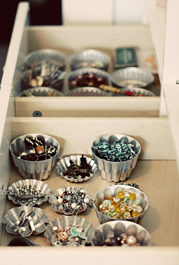 DIY Organization Idea: use vintage tartlet tins inside dresser drawers to organize and store jewelry. Inexpensive and cute, plus keeps your jewelry organized while making it easy to see each accessory. Use big tins for larger necklaces, and smaller tins for smaller necklaces. #organization #storage #diy
